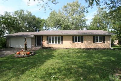 Centerville IA Single Family Home For Sale: $125,000