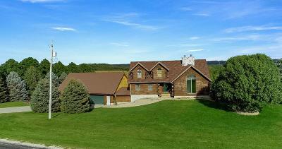 Glenwood Single Family Home For Sale: 52957 230th Street