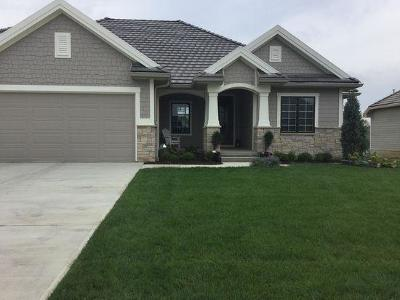 Council Bluffs Single Family Home For Sale: 1418 Chestnut Drive