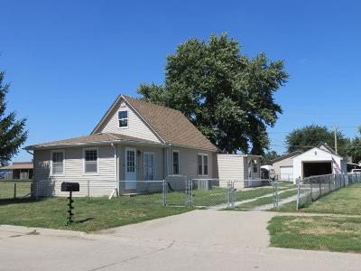 Council Bluffs Single Family Home For Sale: 1710 Avenue H