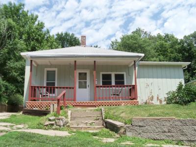 Missouri Valley Single Family Home Pending Contingency: 568 N 3rd Street