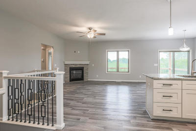 Council Bluffs Single Family Home For Sale: 1374 Abercorn Drive