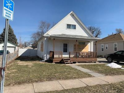 Council Bluffs Single Family Home For Sale: 3324 Avenue A