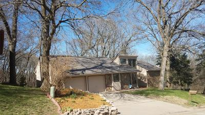 Council Bluffs Single Family Home For Sale: 808 Hawthorne Court