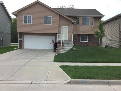 Council Bluffs Single Family Home For Sale: 5404 Hardings Landing Road