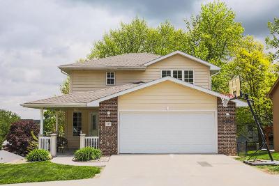 Council Bluffs Single Family Home For Sale: 303 Lori Lane