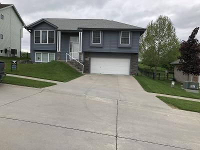 Council Bluffs Single Family Home For Sale: 1312 N Lenox Circle