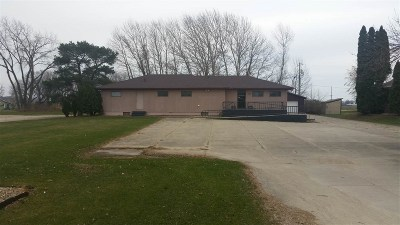Oelwein Commercial For Sale: 1709 South Frederick