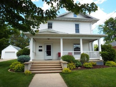 Single Family Home Sold: 301 E Elm
