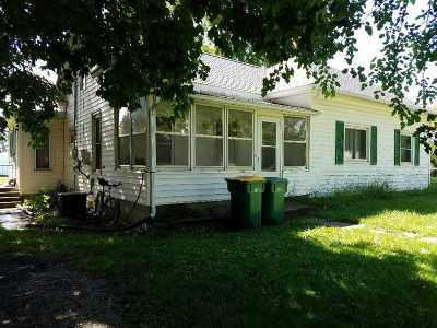 Hazleton IA Single Family Home For Sale: $54,900