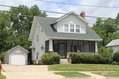 Independence Single Family Home For Sale: 900 E 1st