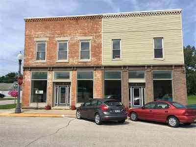 Fayette IA Commercial For Sale: $189,000