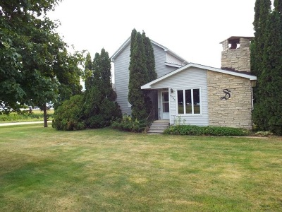 Lamont IA Single Family Home For Sale: $139,900