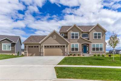 Cedar Falls Single Family Home For Sale: 5502 Red Oak Lane