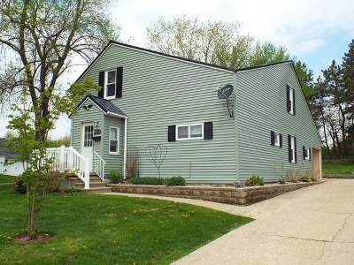 Strawberry Point IA Single Family Home For Sale: $92,000