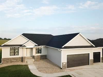 Cedar Falls Single Family Home For Sale: 4611 Eden Way