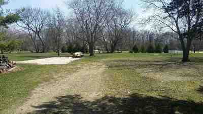 Oelwein IA Residential Lots & Land For Sale: $24,000