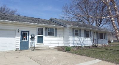 Laporte City Single Family Home For Sale: 906 Poplar Street