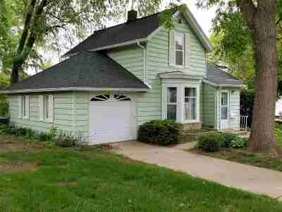Cedar Falls IA Single Family Home For Sale: $119,000