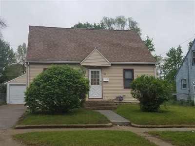 Waterloo Single Family Home For Sale: 232 Boston Avenue