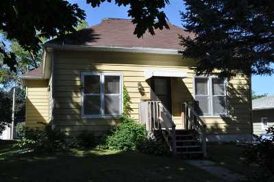 Single Family Home For Sale: 12 5th Ave NE