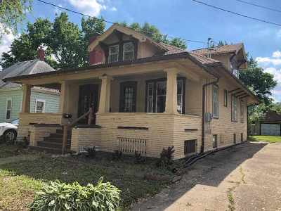 Single Family Home For Sale: 112 1st Ave NW