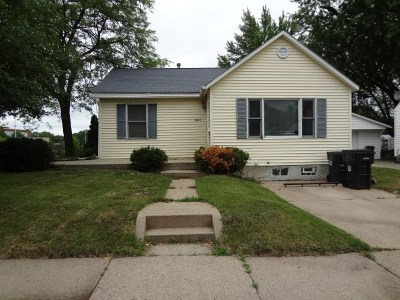 Cedar Falls IA Single Family Home For Sale: $148,500