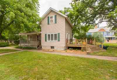 Cedar Falls IA Single Family Home For Sale: $104,900