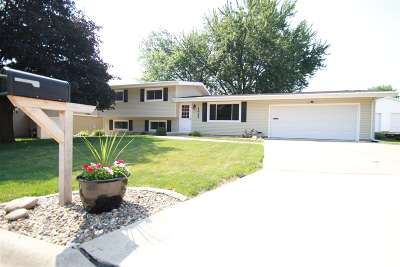 Cedar Falls IA Single Family Home For Sale: $184,500