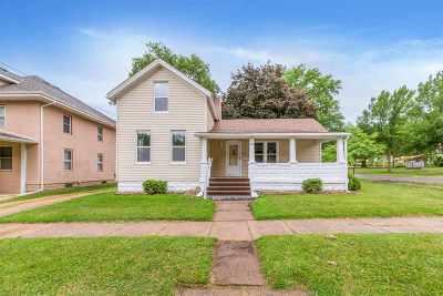 Cedar Falls IA Single Family Home For Sale: $131,900