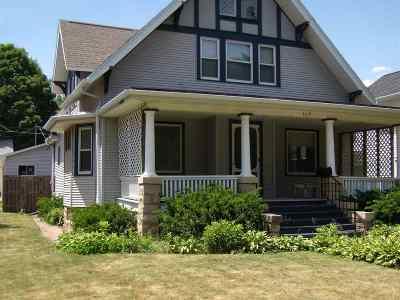 Cedar Falls IA Single Family Home For Sale: $168,000
