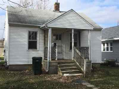 Waterloo Single Family Home For Sale: 1234 Dundee Avenue