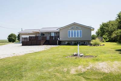 Single Family Home For Sale: 13930 S Avenue