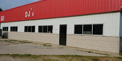 Plainfield IA Commercial For Sale: $60,000