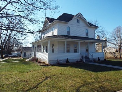 Strawberry Point IA Single Family Home For Sale: $75,000