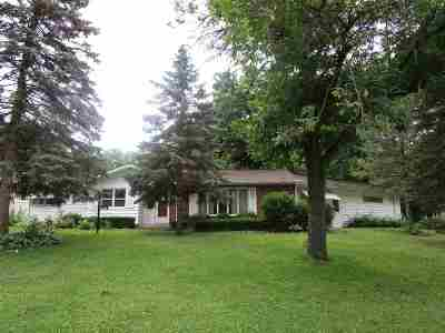 Waterloo Single Family Home For Sale: 3931 Oak Park Circle