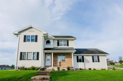 Cedar Falls Single Family Home For Sale: 5411 Ironwood Drive