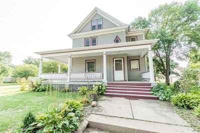 Cedar Falls Single Family Home For Sale: 621 Tremont St.
