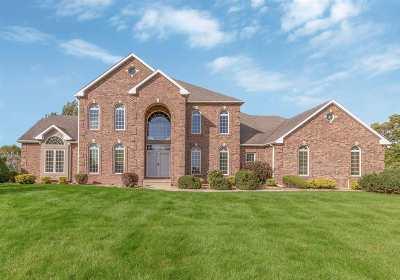 Waterloo Single Family Home For Sale: 1638 Dakota Drive