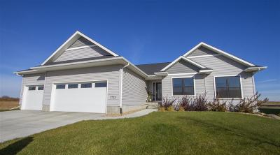 Cedar Falls Single Family Home For Sale: 2723 Amber Valley Road