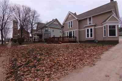 Cedar Falls Single Family Home For Sale: 816 Washington Street