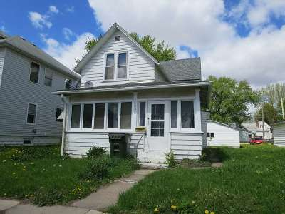 Waterloo Single Family Home For Sale: 1815 Franklin Street
