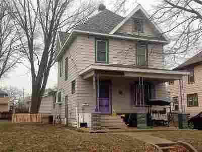 Waterloo Single Family Home For Sale: 726 Denver Street