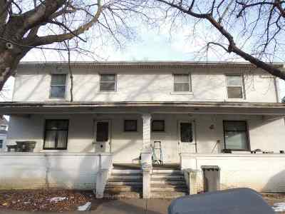 Oelwein IA Multi Family Home For Sale: $60,000