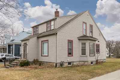 Manchester IA Single Family Home For Sale: $97,000