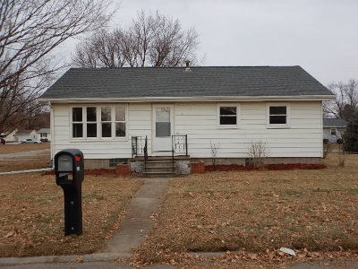 Laporte City Single Family Home For Sale: 900 Fillmore Street