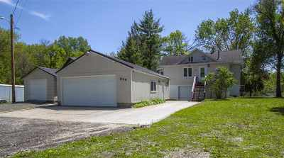 Cedar Falls Single Family Home For Sale: 904 Cottage Row Road
