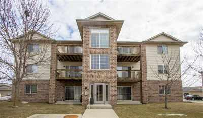 Waterloo Condo/Townhouse For Sale: 3633 Pheasant Lane #9