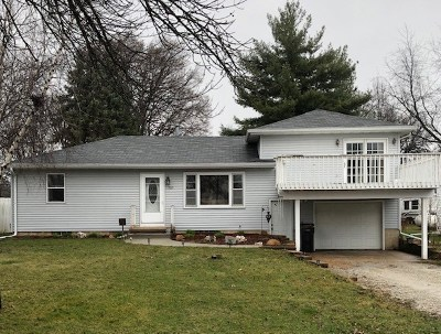 Cedar Falls Single Family Home For Sale: 705 Clair Street