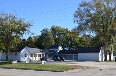 Oelwein IA Multi Family Home For Sale: $178,000